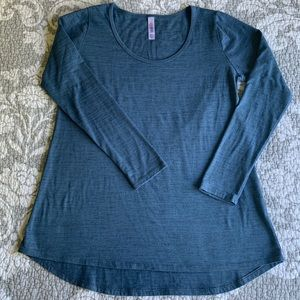 LuLaRoe Distressed Blue Lynnae Long Sleeved Shirt